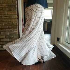 NWT Ark & Co Polka Dot skirt